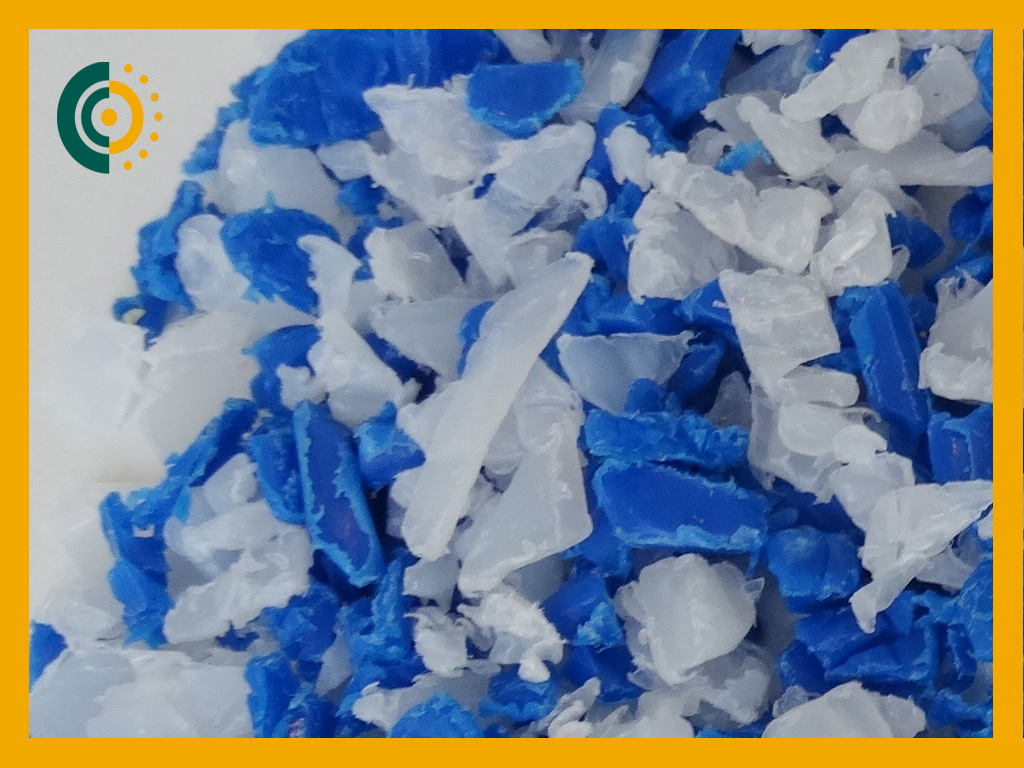 PEAD-APM, (blanco y azul), GRG y bidón, 5-10 mm